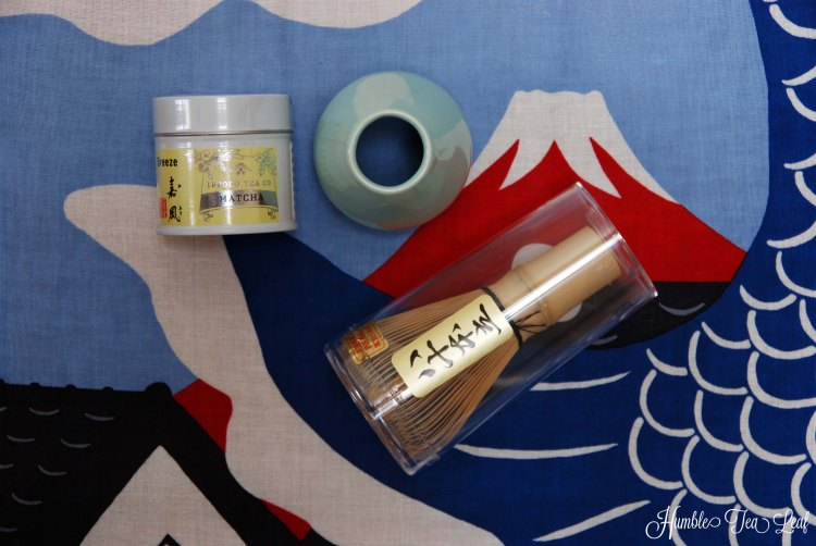 Matcha Tea Set with Chasen (bamboo whisk), Breeze Ippodo Matcha, and Whisk Stand (Chasen-tate) (made in Japan)